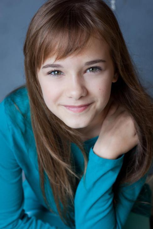 Abbey Rhyne - Actress