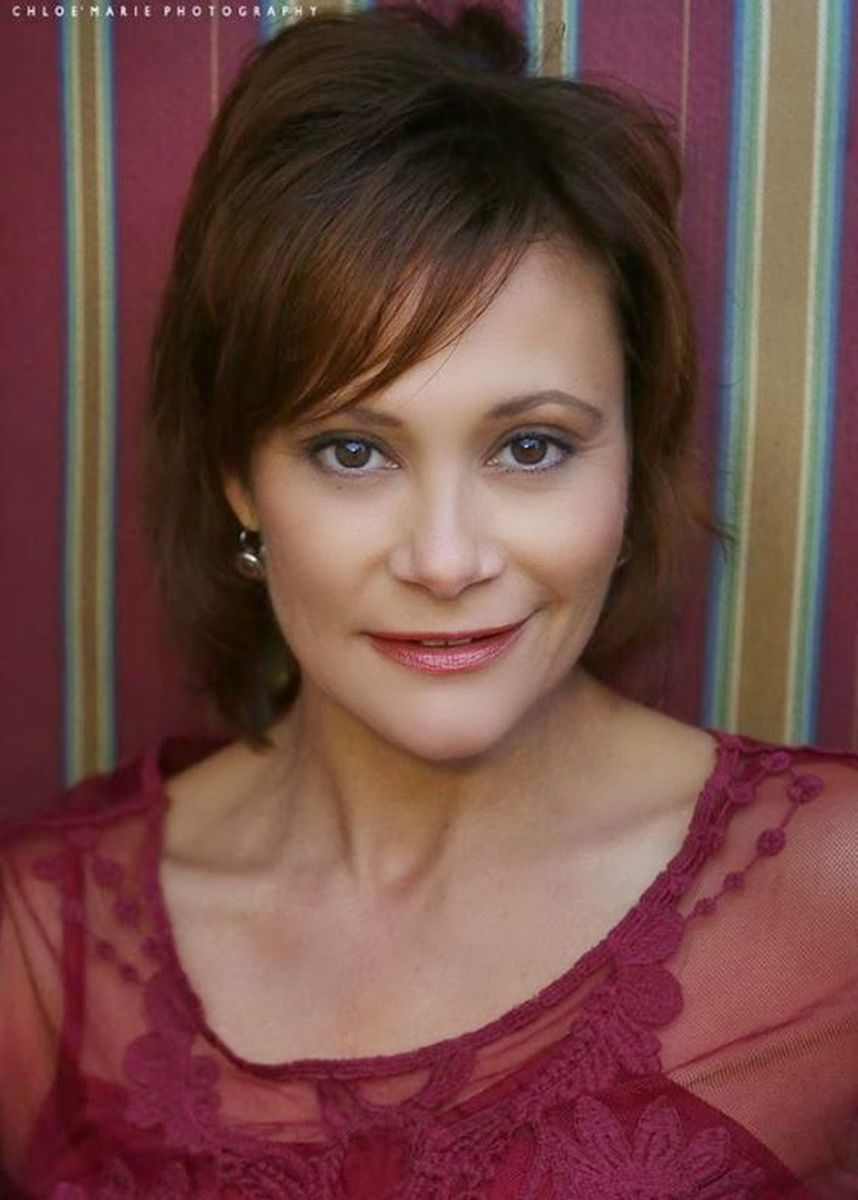 Irene Santiago - Actress